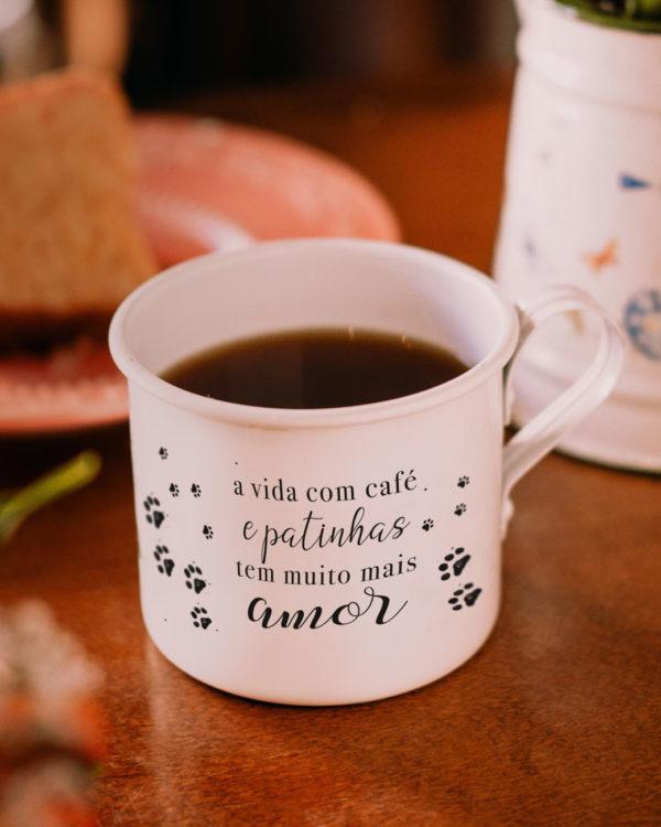 Caneca Patinhas - Personalizada - Café do Viajante